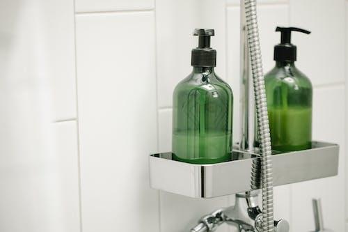 Kostenloses Stock Foto zu badezimmer, chemisch, container