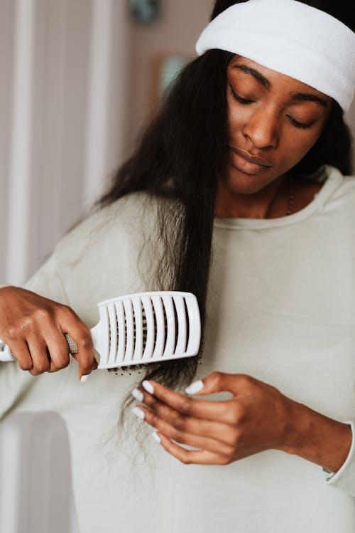 Fotobanka sbezplatnými fotkami na tému Afroameričanka, béžová, biela