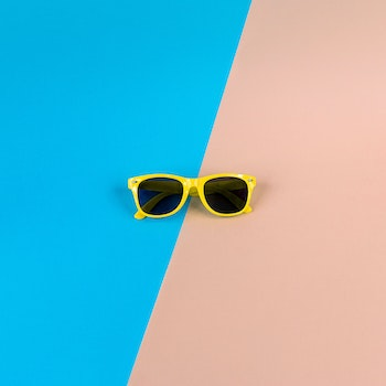 Yelllow Framed Wayfarer Sunglasses
