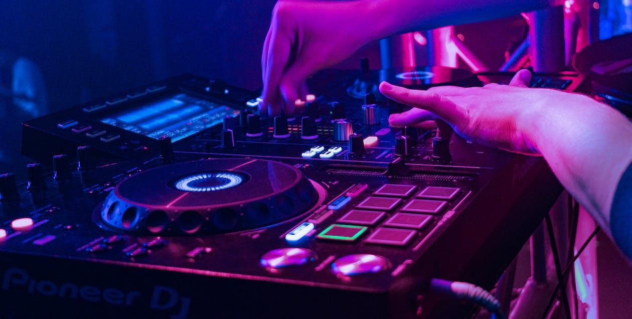 Free stock photo of audio, audio mixer, dj