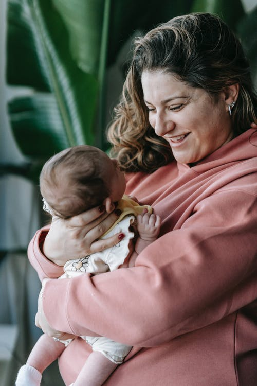 Kostenloses Stock Foto zu baby, bezaubernd, bindung