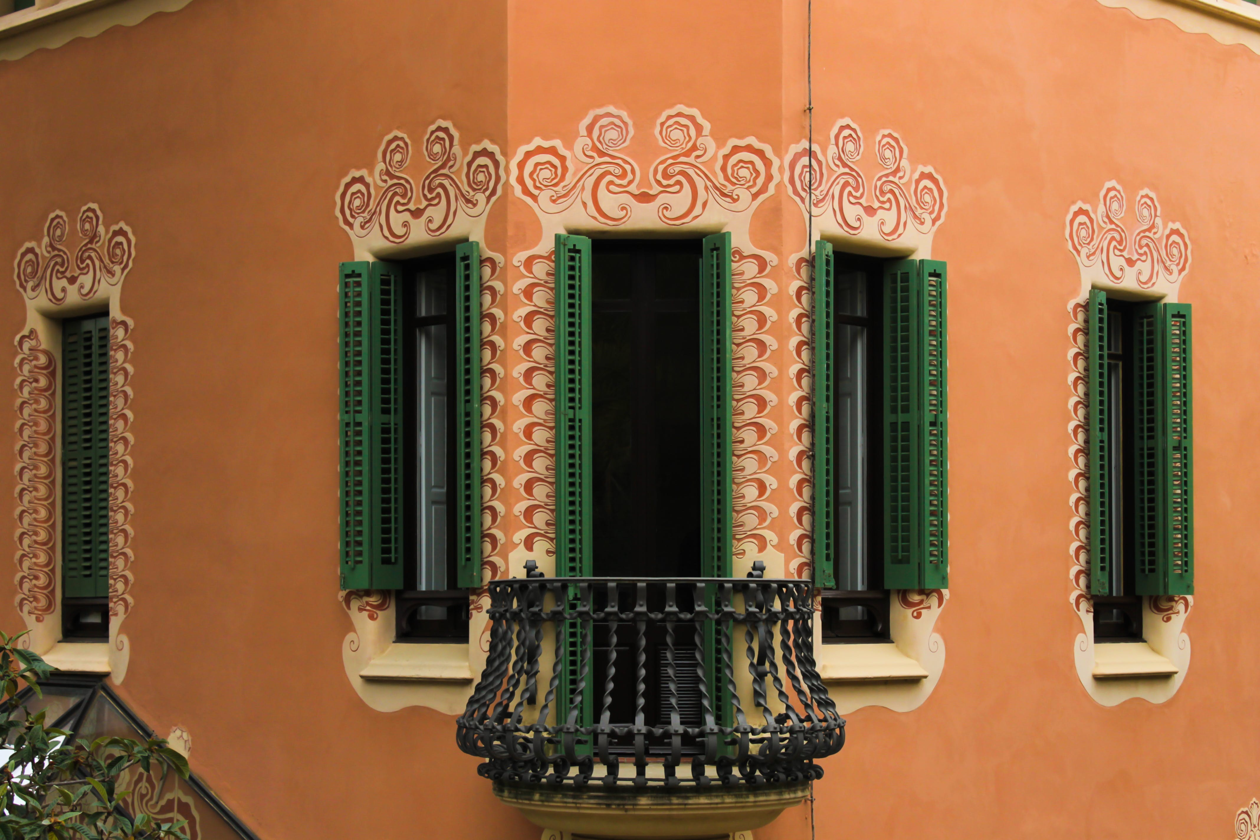 Free stock photo of architectural design, barcelona, green, window blinds