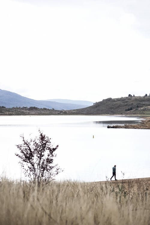 Δωρεάν στοκ φωτογραφιών με αντανάκλαση, αυγή, βουνό