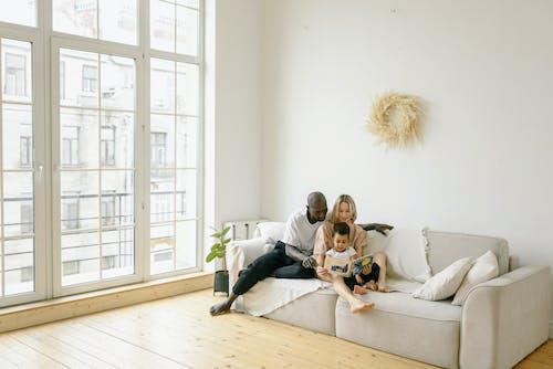 Photos gratuites de à l'intérieur, à la maison, amour
