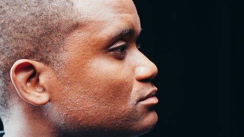 남자, 수심에 잠긴, 아프리카계 미국인의 무료 스톡 사진