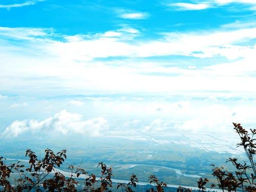 Безкоштовне стокове фото на тему «блакитне небо, вода, гора, Денне світло»