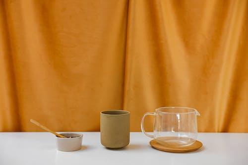 Gratis lagerfoto af Bordservice, gardin, glas