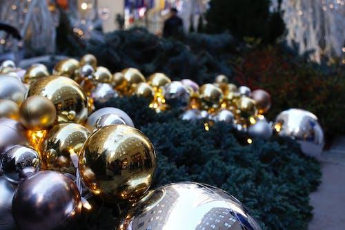 クリスマスの装飾, クリスマスの飾り, クリスマスボールの無料の写真素材