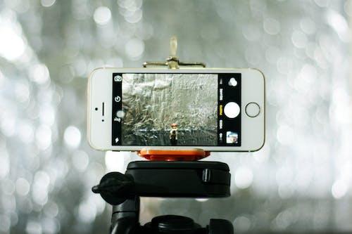 Gratis lagerfoto af fotografi, iPhone, smartphone, stativ