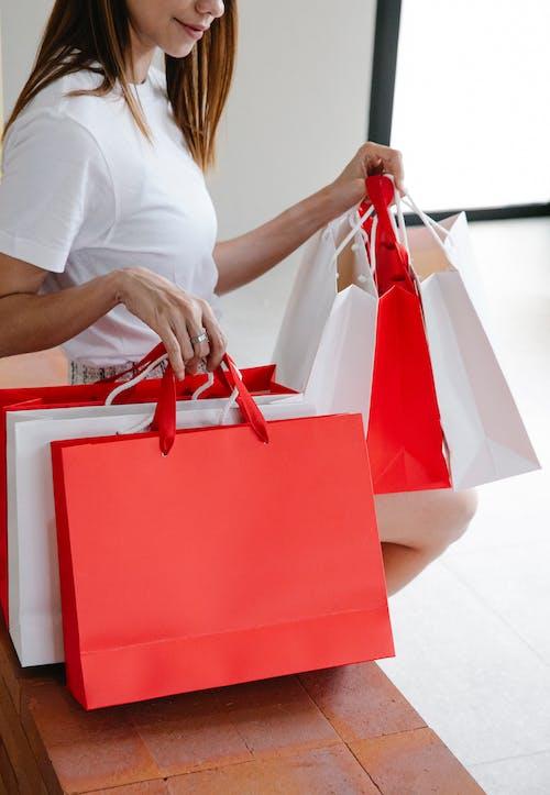 Foto d'estoc gratuïta de béns, bossa, bossa de la compra