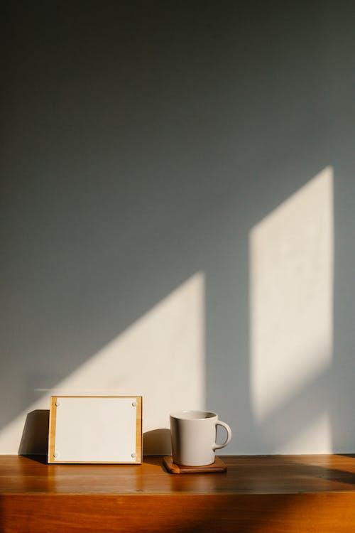 คลังภาพถ่ายฟรี ของ กรอบรูป, กลางวัน, ข้างใน