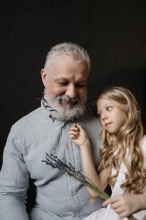 Kostenloses Stock Foto zu alt, älterer herr, bärtig