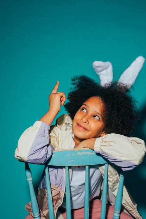 Foto profissional grátis de alegre, contente, criança
