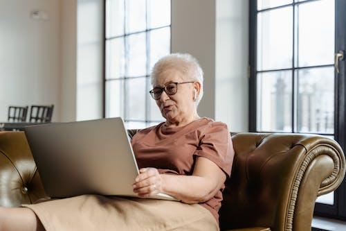 Fotos de stock gratuitas de abuela, abuelo, anciana