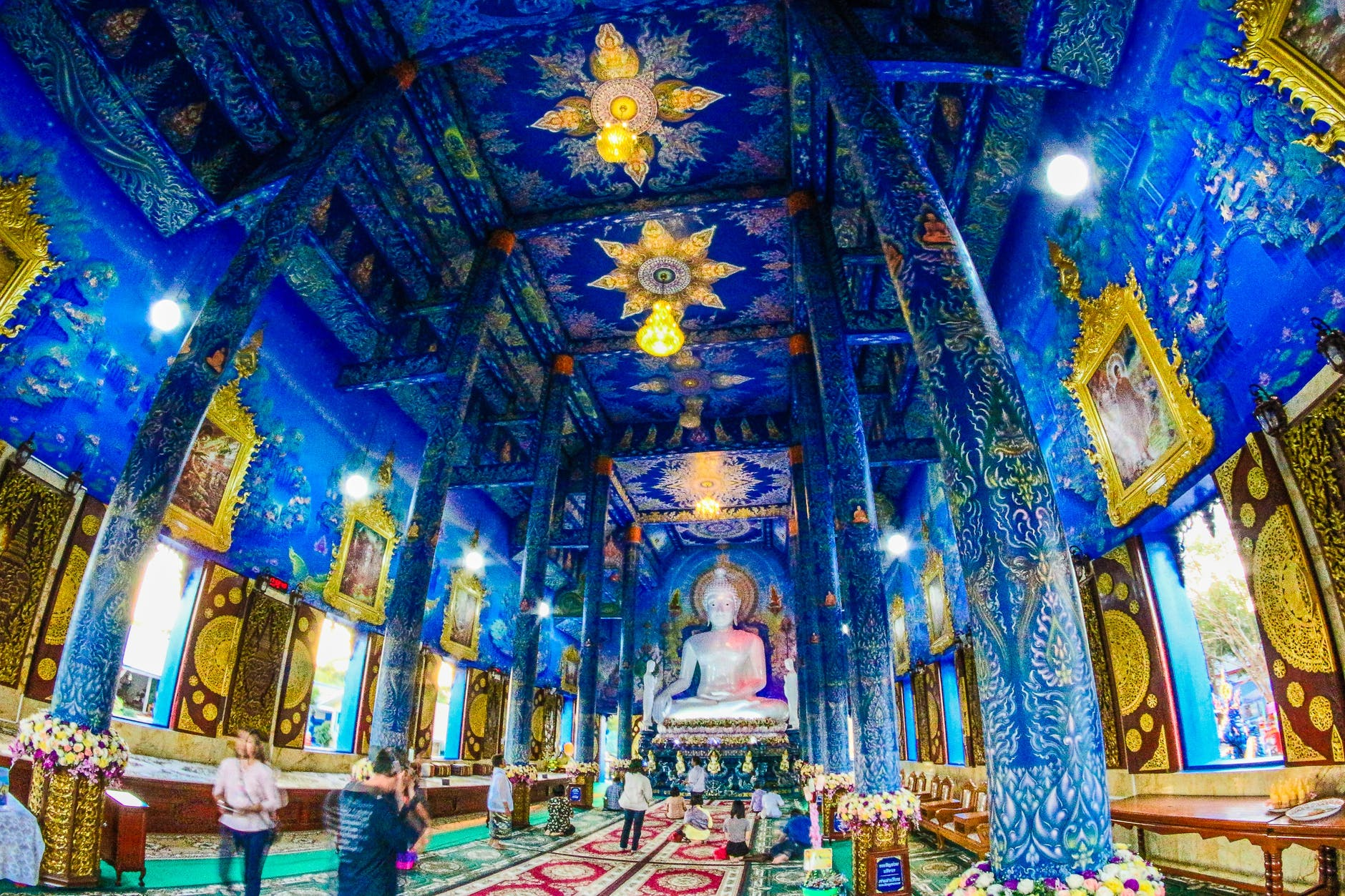 A click inside the Blue Temple