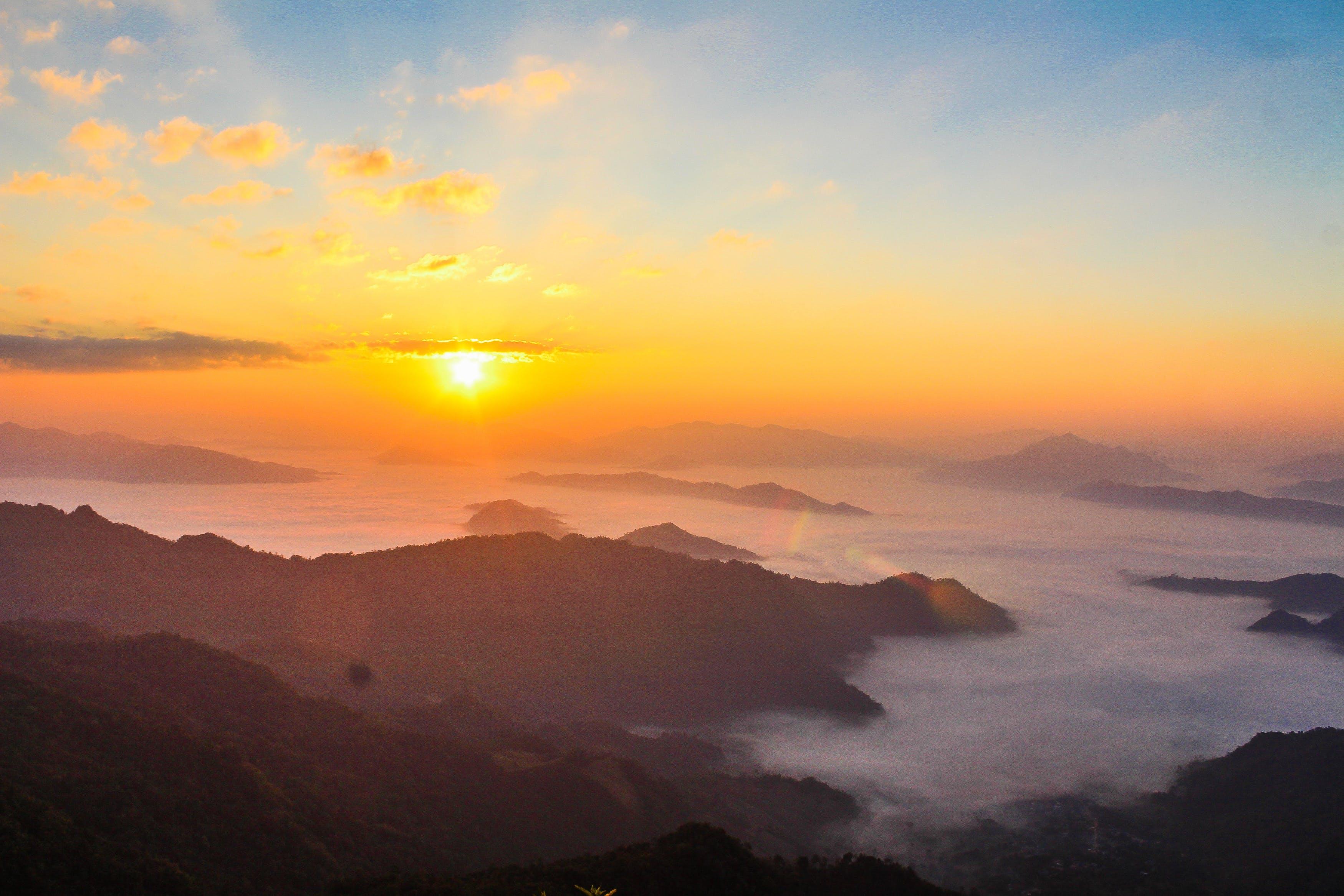 Fotos de stock gratuitas de alto, amanecer, aventura, bonito