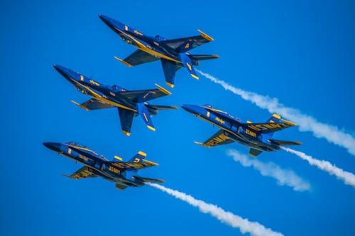 Foto d'estoc gratuïta de aeronaus, aire, ales, aviació