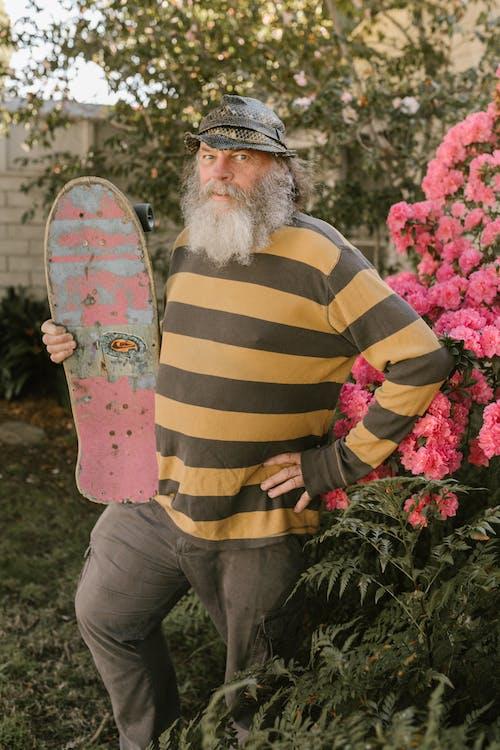 Gratis stockfoto met bebaarde, bejaarde man, blauwig