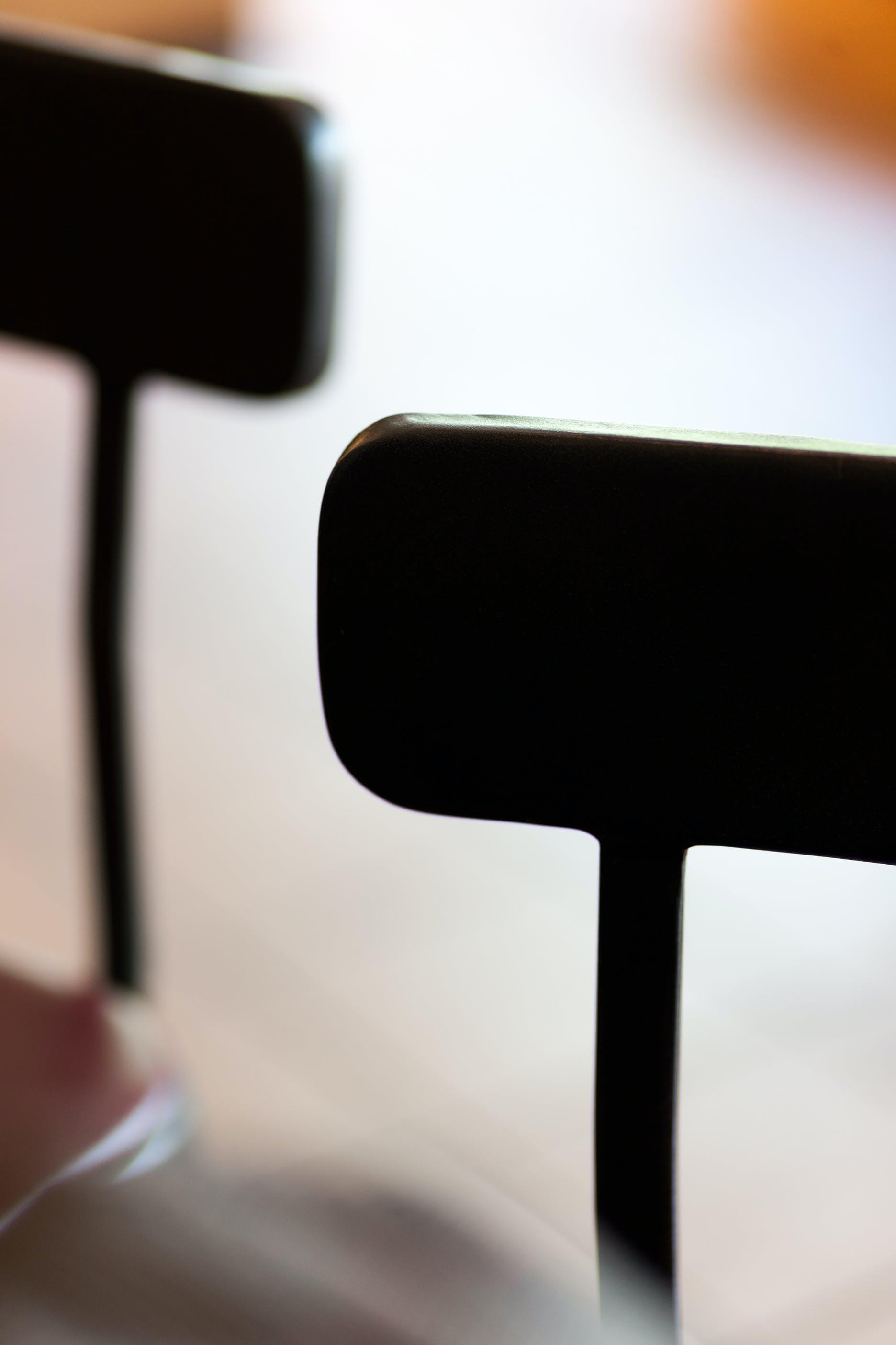Darmowe zdjęcie z galerii z biuro, czarny, krzesła, meble