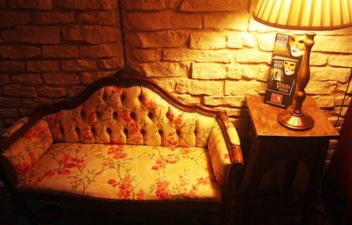 Fotos de stock gratuitas de adentro, de madera, decoración, dentro