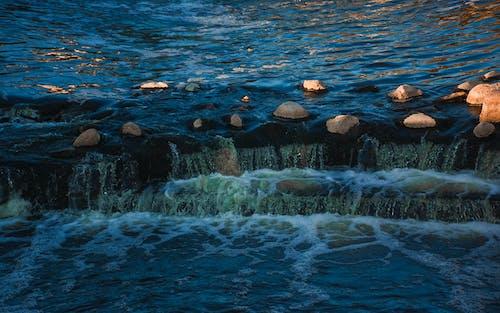 Fotobanka sbezplatnými fotkami na tému HD tapeta, jazierko, kamene, kaskáda
