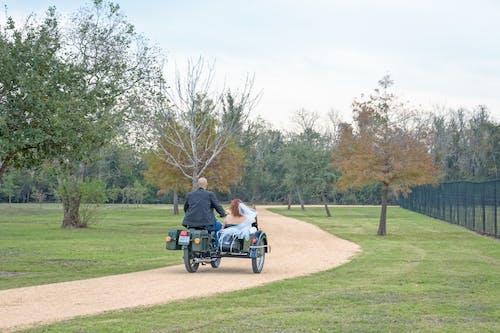 Fotobanka sbezplatnými fotkami na tému motocykel, sidecar