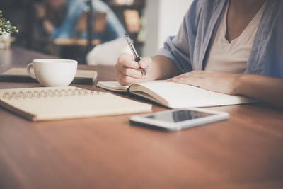 Automatic research paper writer