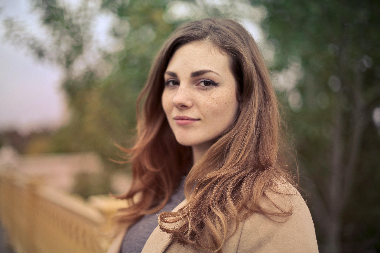 Warum sich moderne Single-Frauen bei der Partnersuche oft so schwertun