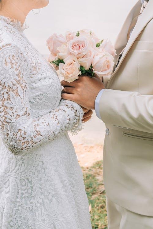 결혼, 꽃, 남자의 무료 스톡 사진