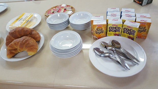 Free stock photo of men, meal, breakfast, parush