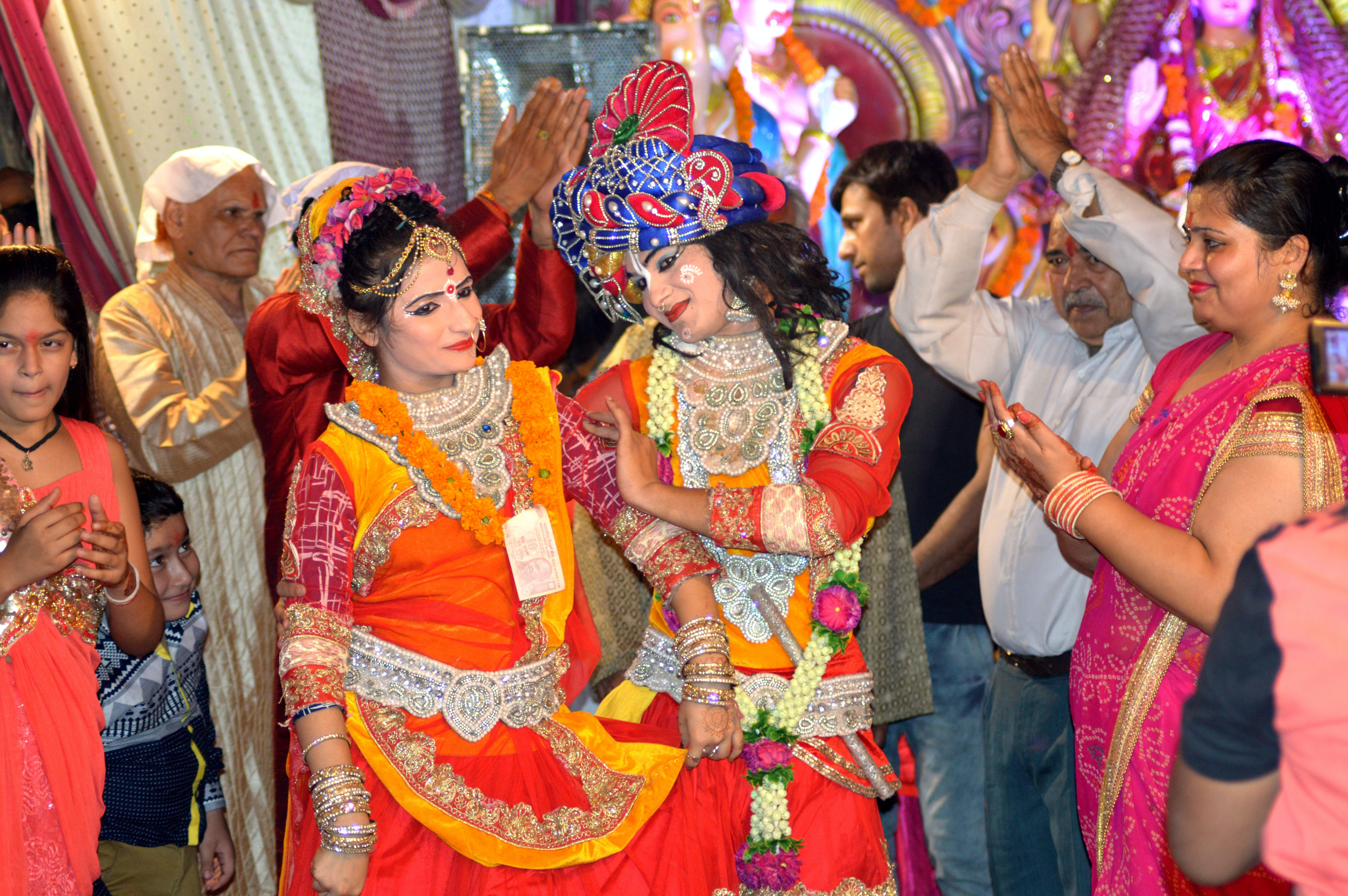 pexels photo 735011.jpeg?cs=srgb&dl=lord krishna radha krishna radhe 735011
