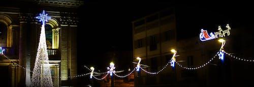 Noel ışıkları s içeren Ücretsiz stok fotoğraf