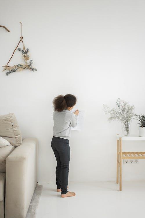 アパート, アフリカ系アメリカ人の女の子, カジュアルの無料の写真素材