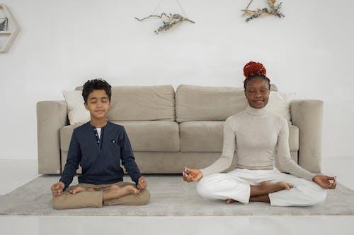 アパート, アフリカ系アメリカ人女性, インドアの無料の写真素材