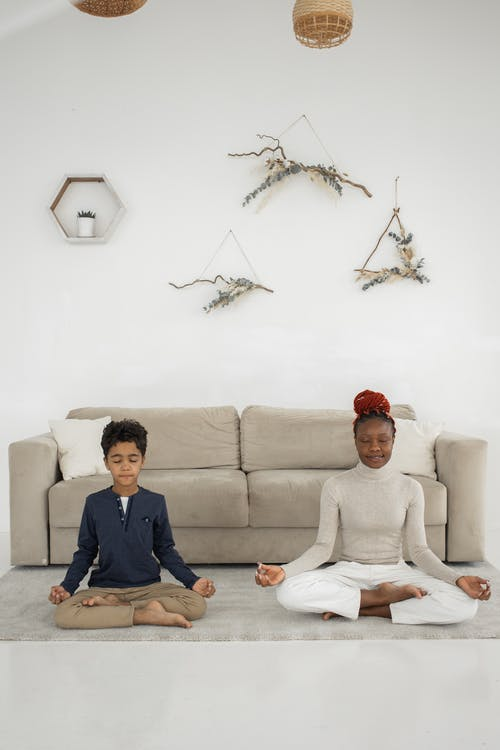 アパート, アフリカ系アメリカ人の少年, アフリカ系アメリカ人女性の無料の写真素材