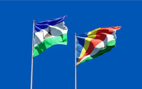 Fotos de stock gratuitas de administración, África, asta de bandera
