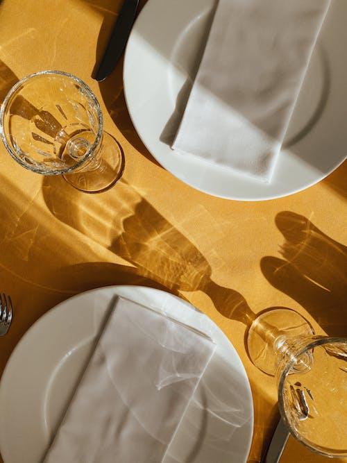 คลังภาพถ่ายฟรี ของ กระจก, การถ่ายภาพหุ่นนิ่ง, การรับประทานอาหาร