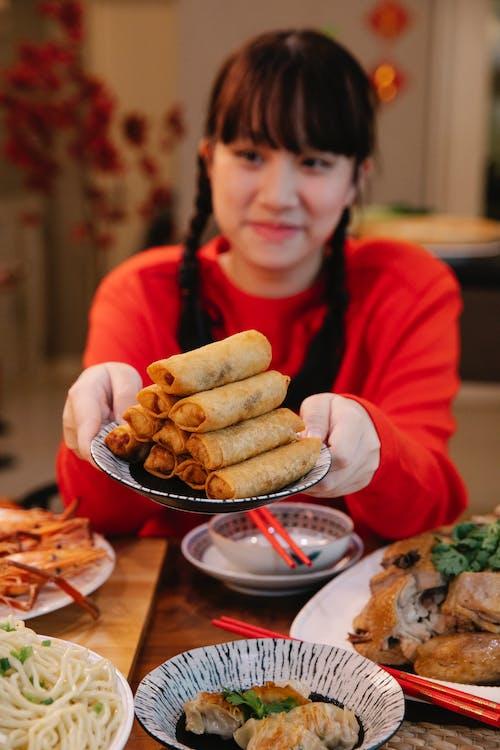Бесплатное стоковое фото с Азиатская кухня, азиатский подросток, аппетитный