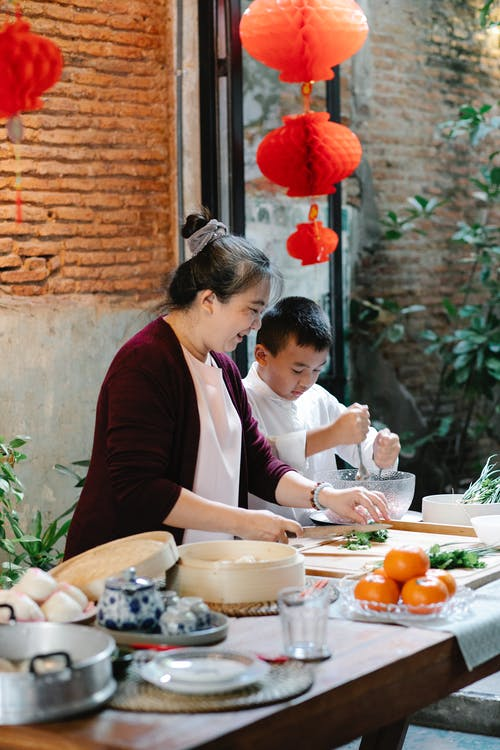 Ingyenes stockfotó ázsiai étel, ázsiai fiú, ázsiai nő témában