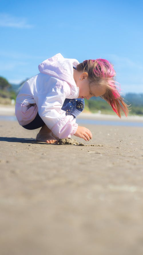 Free stock photo of beach, Beachcombing, pink hair, sand