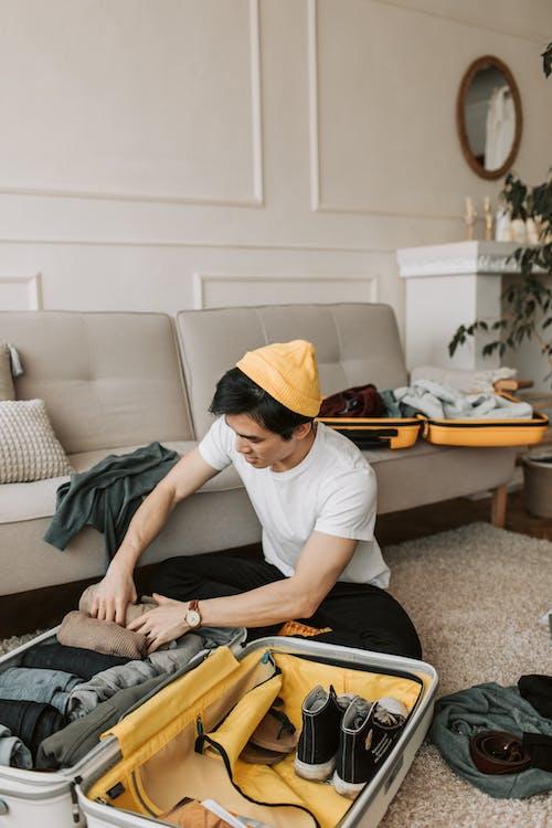 Бесплатное стоковое фото с багажей, беспорядочный, в помещении