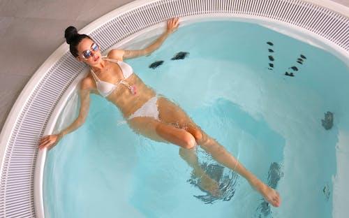 Gratis stockfoto met badpak, bikini, chillen