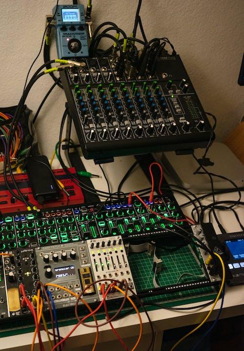 Free stock photo of audio, efx, electronics