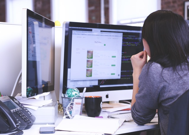 4 Keuntungan Menggunakan Sistem Software dalam Usaha Anda