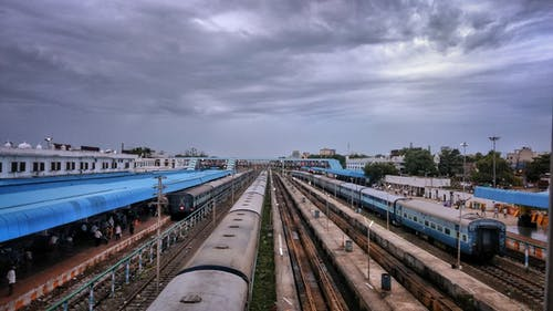 Δωρεάν στοκ φωτογραφιών με απόσταση, ζοφερός, ινδική σιδηροδρομική γραμμή, ινδικός