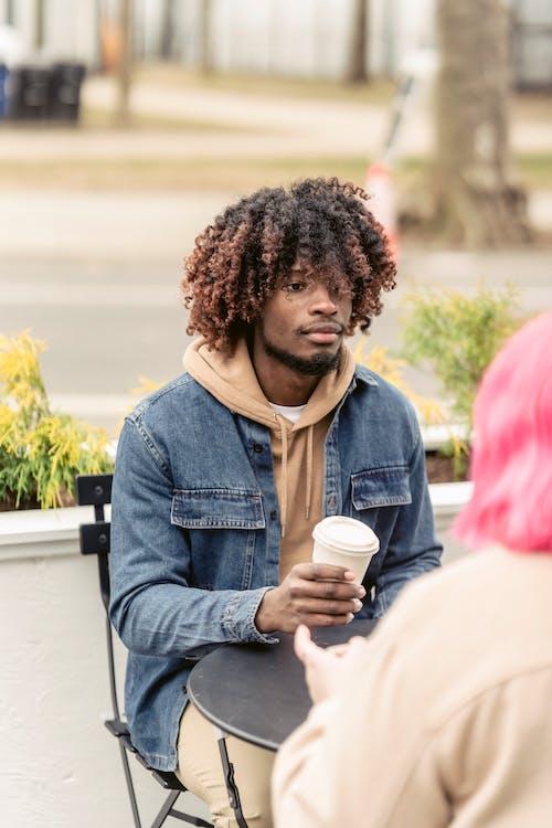 Безкоштовне стокове фото на тему «афроамериканський чоловік, багатоетнічне, багаторасовий»