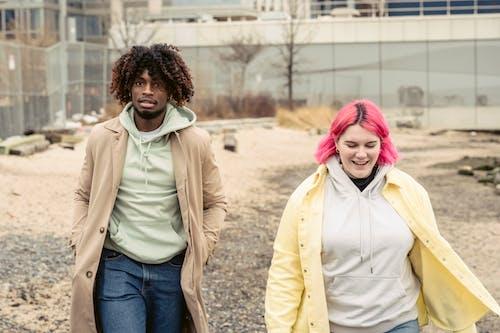 アフリカ系アメリカ人, うれしい, ガールフレンドの無料の写真素材
