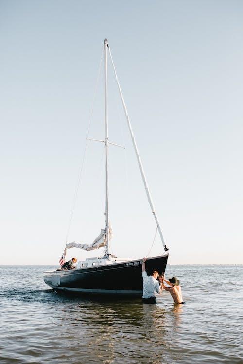 Gratis arkivbilde med akvatisk, båt, båtliv