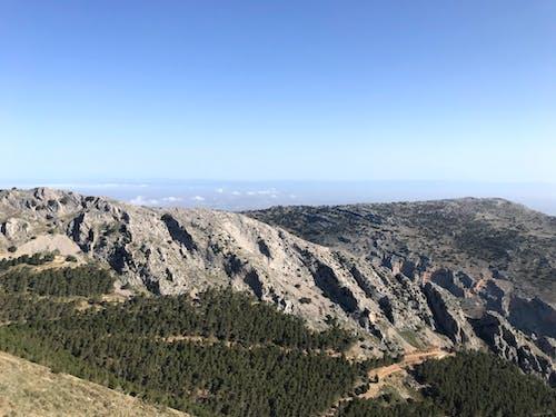 Foto profissional grátis de caminhadas na montanha, montanha, montanhismo