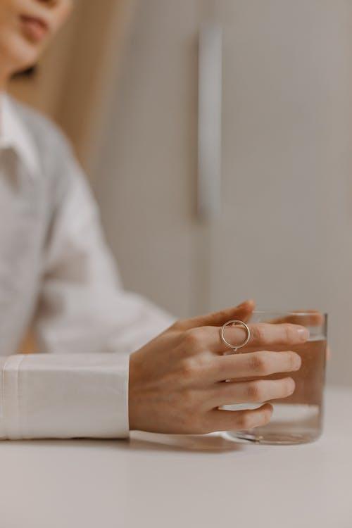 Immagine gratuita di avvicinamento, bevanda, bicchiere d'acqua